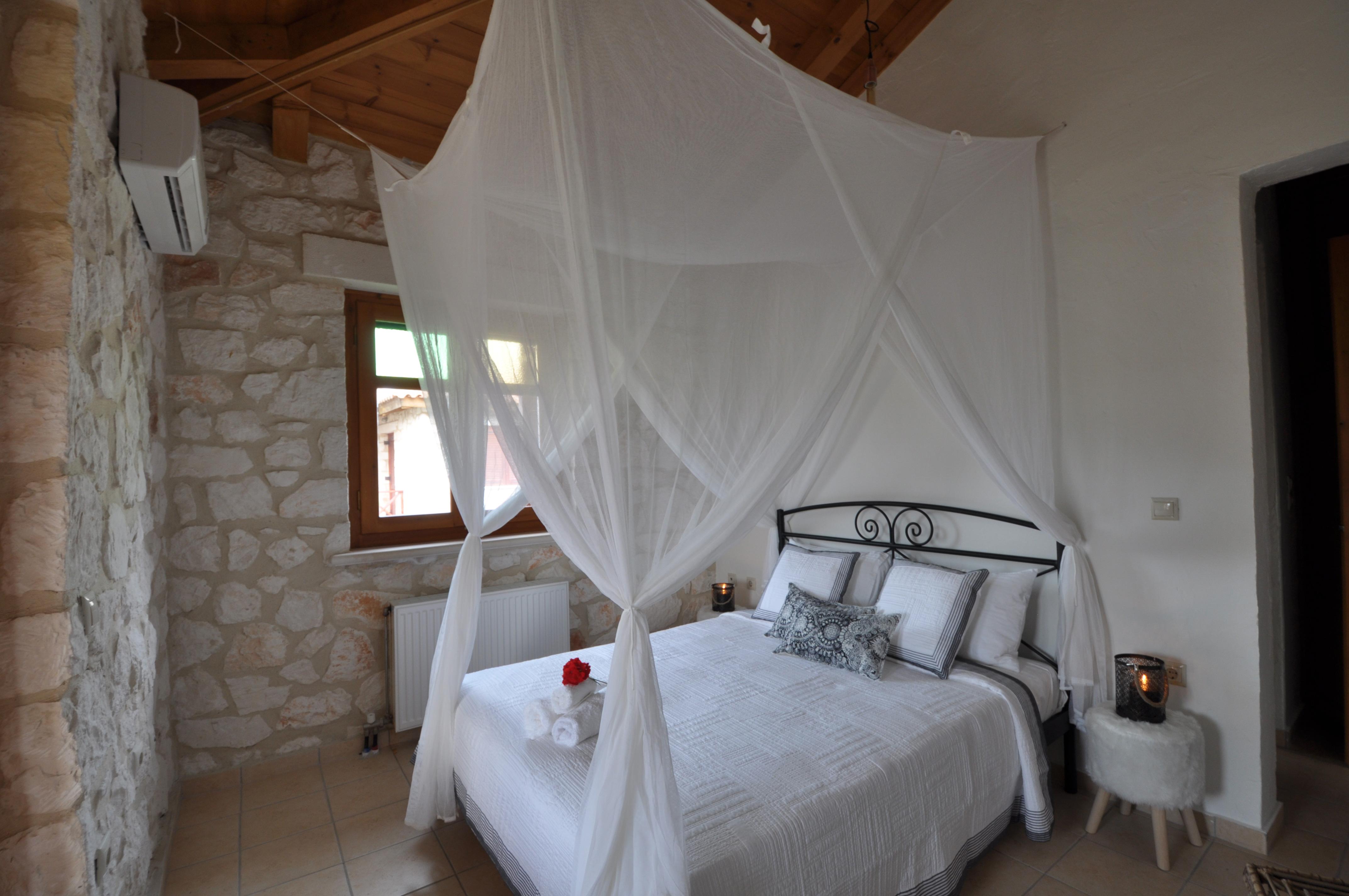 Jootiq Villa Elektra Bedroom