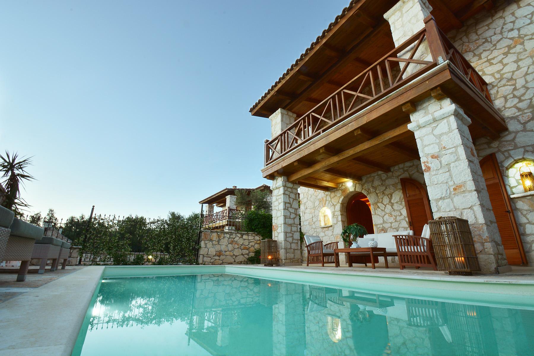 Jootiq Villa Elektra Pool area